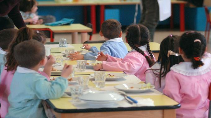 Escrementi di roditori a scuola a Civitella Casanova