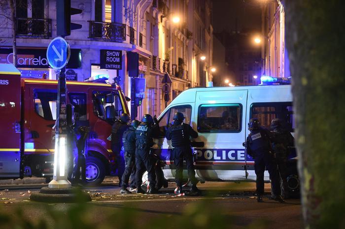 Attentati a Parigi, ci sono abruzzesi?