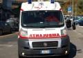 Città Sant'Angelo: si lancia da un ponte sull' A/14