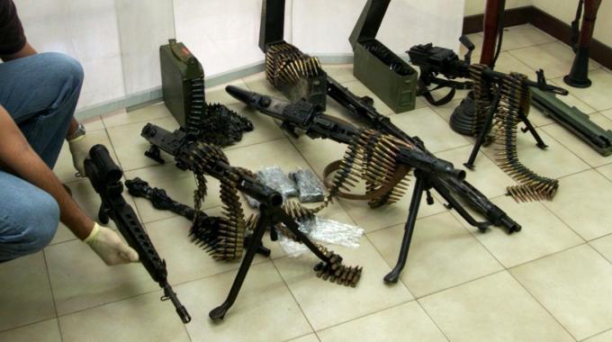 Traffico d'armi, perquisizioni anche in Abruzzo