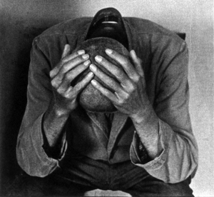 Anziano, disperato e senza soldi: soccorso a Pescara