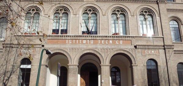Sciopero all' ITC Comi di Teramo: gli studenti non vogliono traslocare