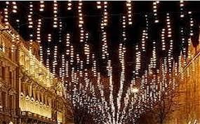 Pescara accende le luminarie per Natale