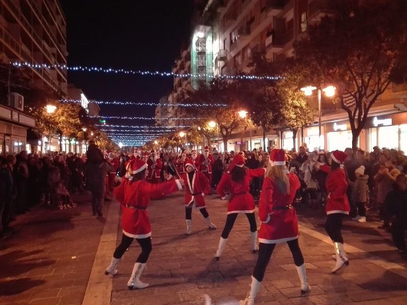 Pescara: le luminarie accendono il Natale