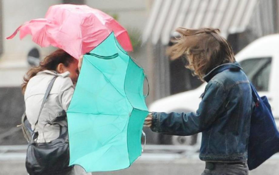 Meteo Abruzzo: vento forte e temperature in calo da stasera