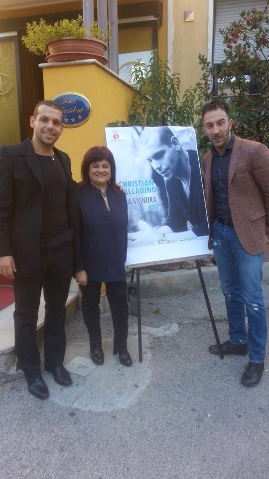 """Pezzopane in tour per presentare videoclip """"Mia Signora"""""""