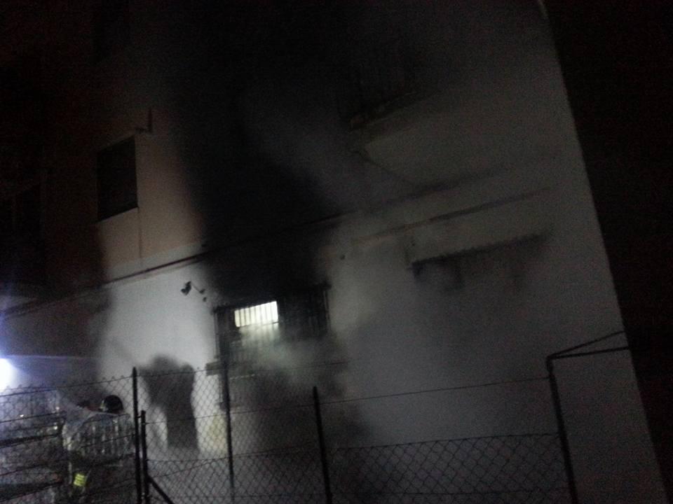 Pescara: incendio in negozio, tragedia sfiorata su viale Bovio