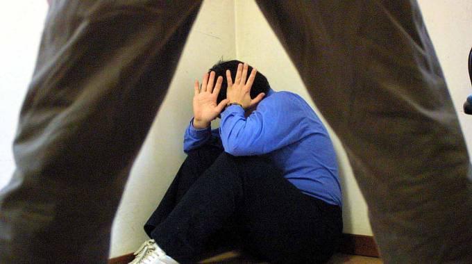 Sulmona: bimbo violentato dal padre
