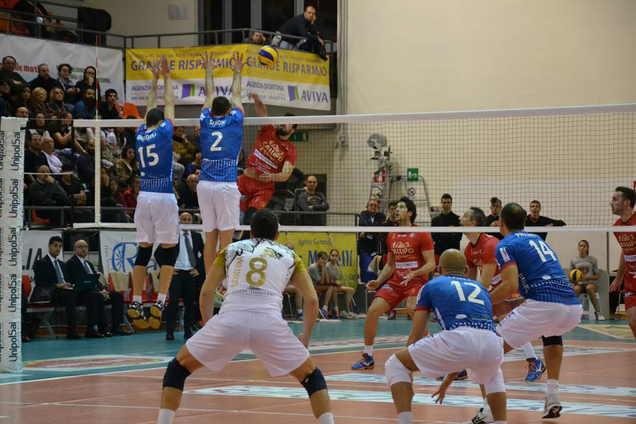 Volley Ortona – Ferrini firma