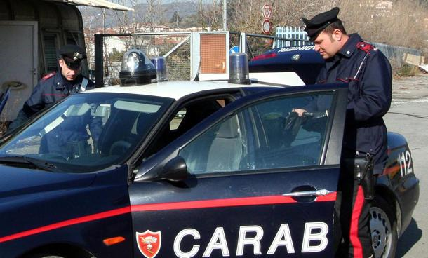 Giulianova: Spacciava ai domiciliari, arrestata