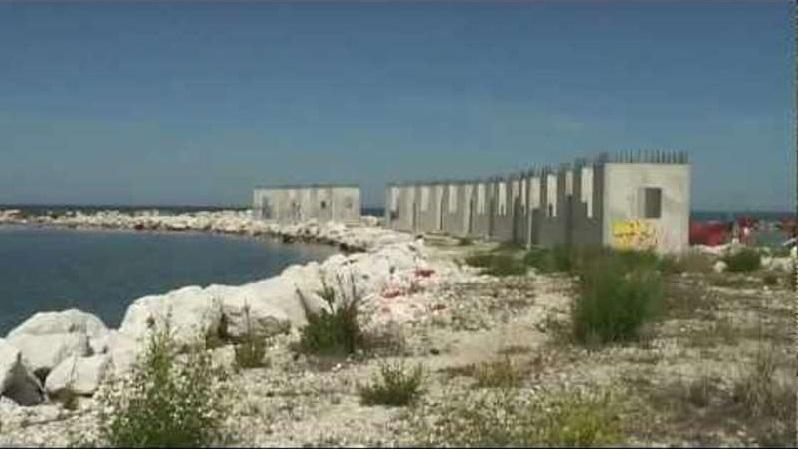 Francavilla al mare ripartono i lavori al porto for Mobilia arredamenti francavilla al mare