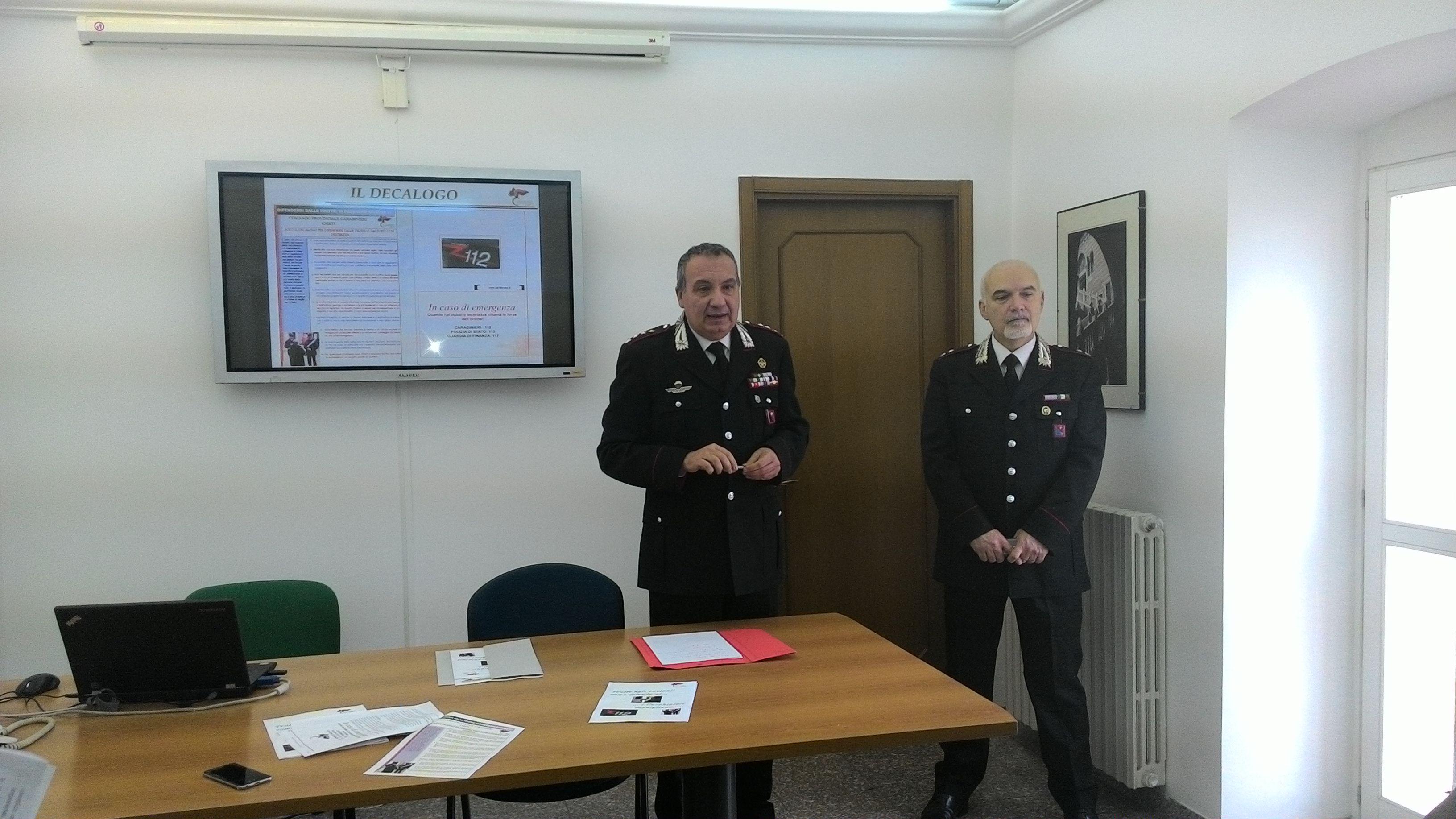 Chieti: truffe agli anziani, carabinieri in chiesa