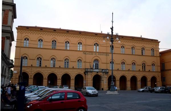 La Provincia di Chieti si è venduta la Prefettura e il Tribunale