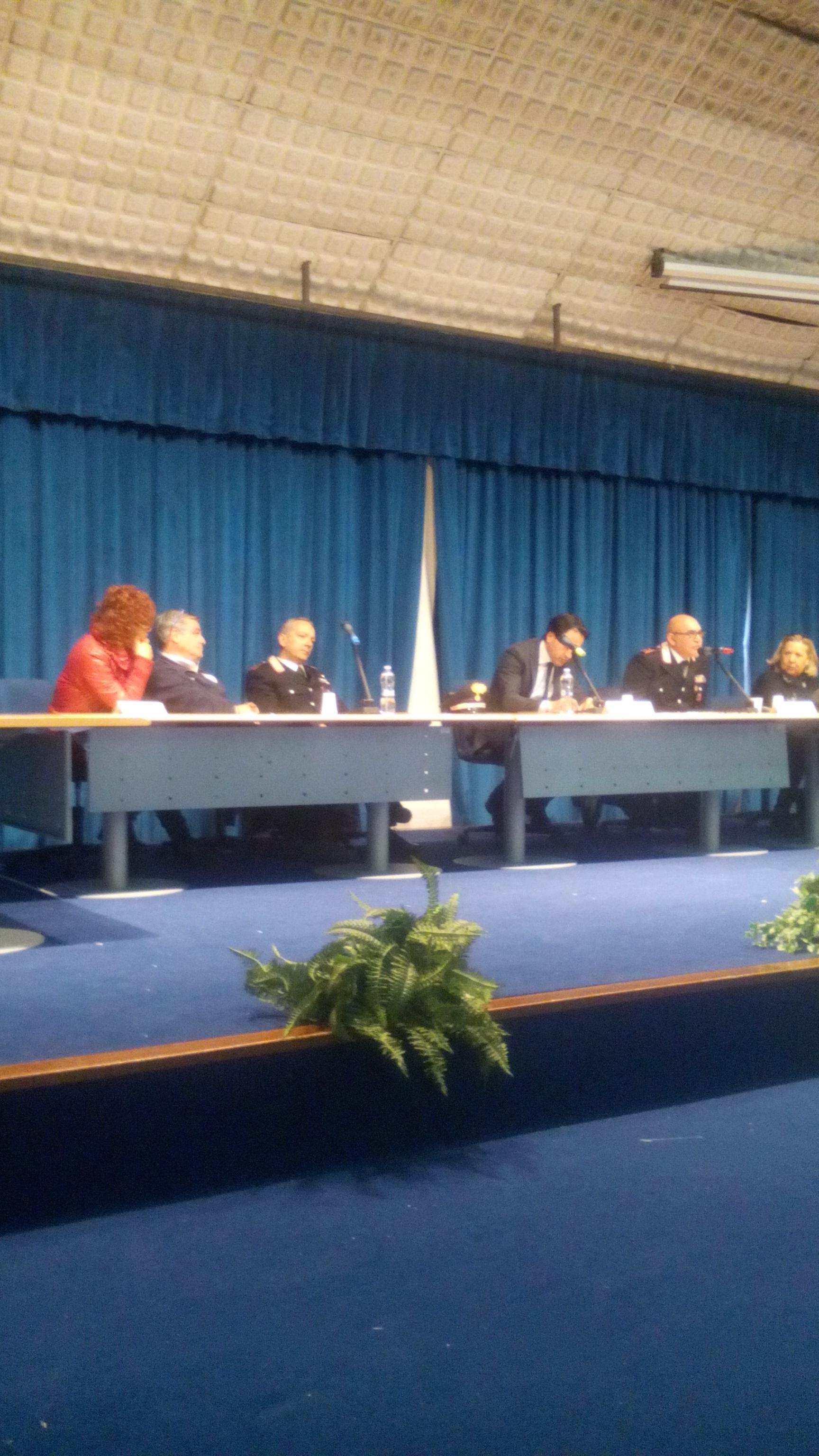 Truffe agli anziani: a lezione  dai Carabinieri