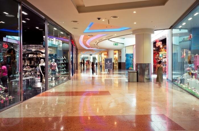 Commercio: stop a nuovi centri commerciali fino al 2018