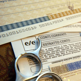 Bancario arrestato per aver ripulito un conto di 460 mila euro