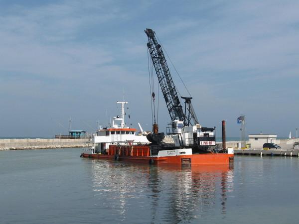 Pescara: Nencini, 3.5 milioni per lavori su diga foranea