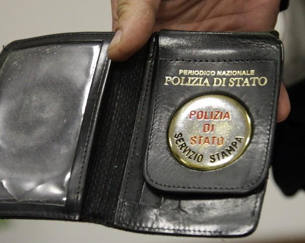 Montesilvano: finti poliziotti nei parcheggi, è una truffa!