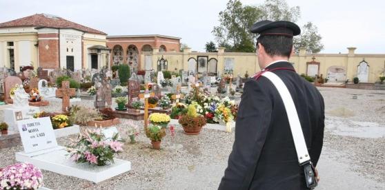Nella Marsica ladri scatenati nei cimiteri