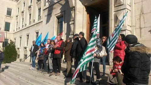 protesta-sindacati-pe