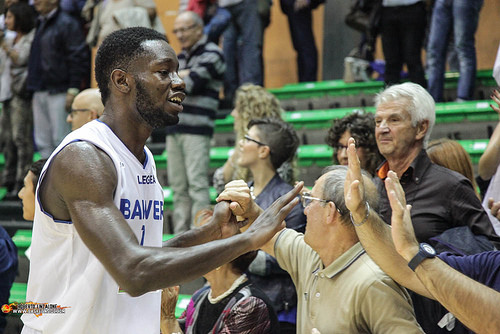 Basket Roseto Skarks, novembre positivo