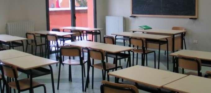 Celano: ladri a scuola rubano computer