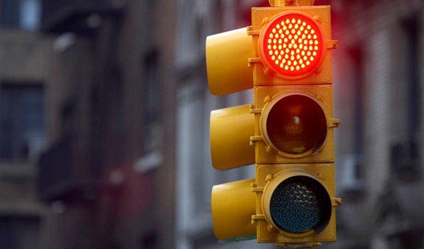 San Giovanni Teatino: Il semaforo di via Po torna a funzionare