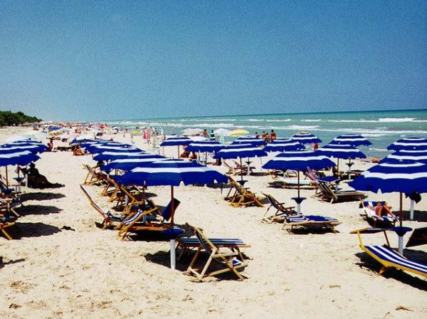 Piano Spiaggia Pescara, Forum H2o: già pronto resort per pernottare