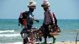 _vu-cumpra-spiaggia