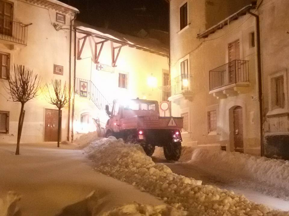 Neve in Abruzzo, -14 a Campo Imperatore, 25 cm a Lanciano