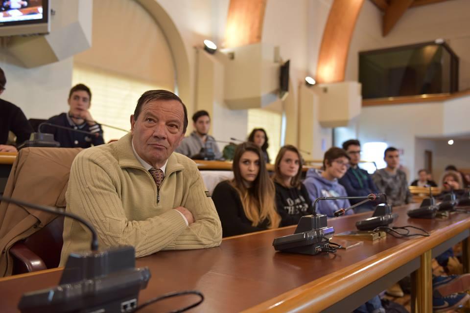 """Shoah e Foibe: studenti a """"scuola"""" al consiglio regionale"""