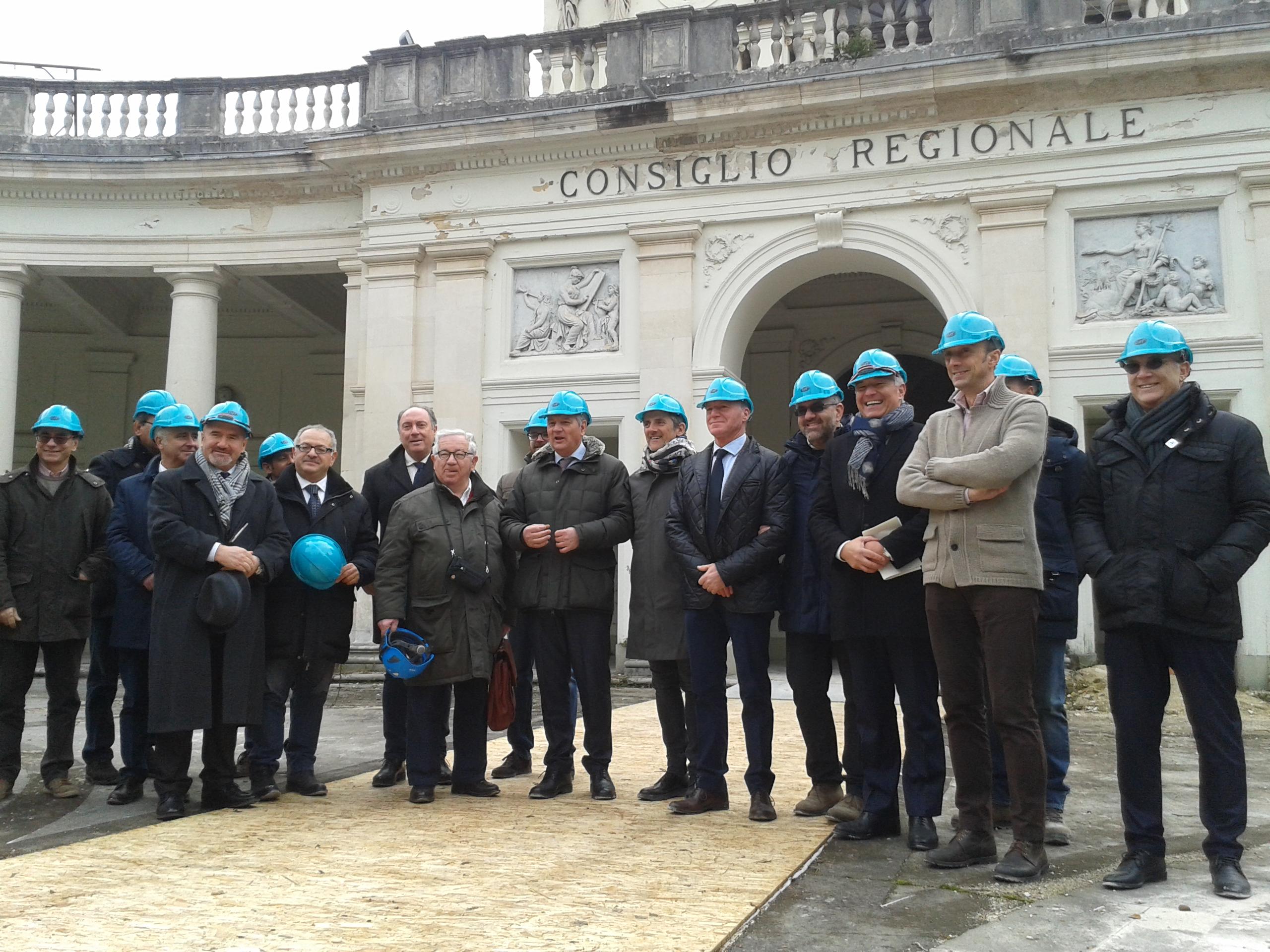 Sisma, tour nel cantiere dell'Emiciclo: lavori finiti a fine 2017