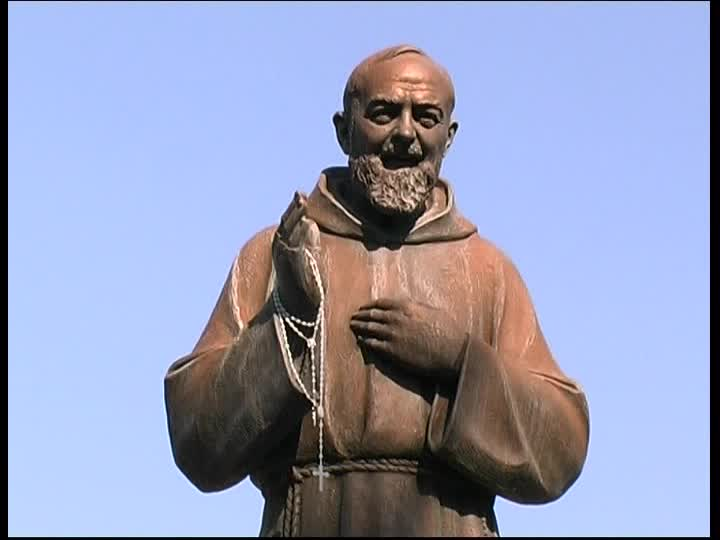 A Chieti botta e risposta sulla statua di Padre Pio