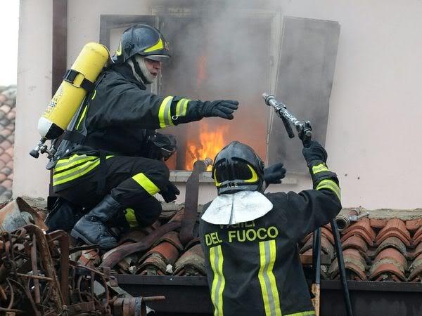 Esplode bombola del gas, distrutta una dependance a Vasto