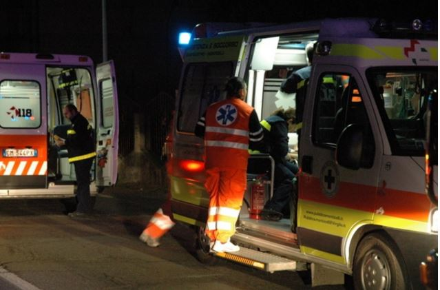 Chieti: incidente in moto, grave 18 enne