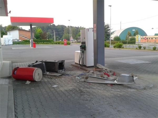 Teramo, sradicato self service di carburante