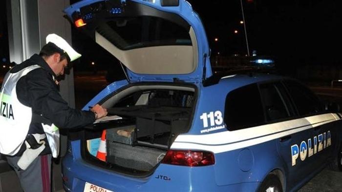 Ubriaca provoca incidente: denunciata dalla Polizia