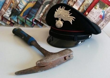 Lanciano, rapinato con la minaccia del martello
