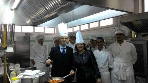 """Pescara: inaugurati i laboratori di cucina al """" De Cecco"""""""
