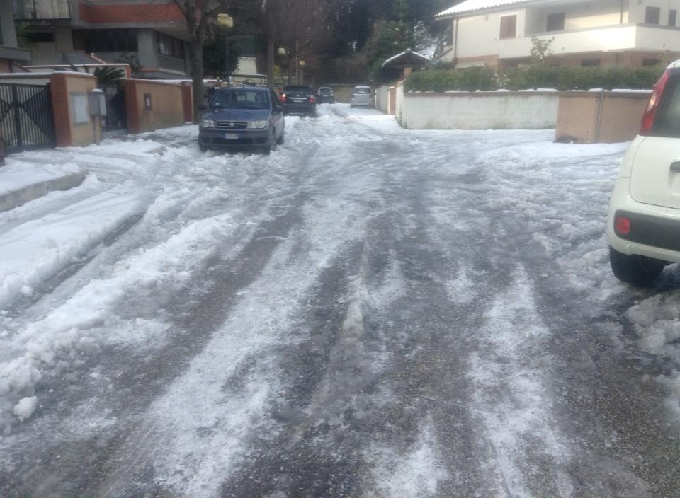 Francavilla al Mare: ghiaccio e disagi