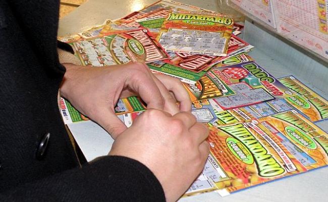 Penne: vince 76 mila euro al Superenalotto