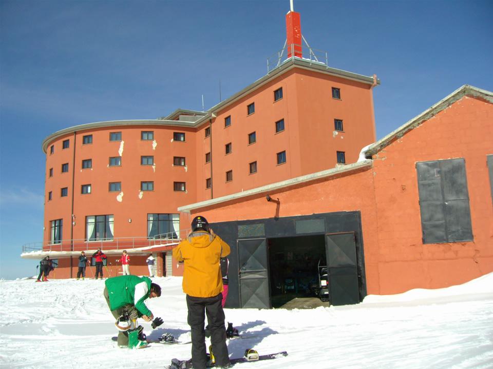 Hotel Campo Imperatore: Principio d'incendio, evacuate 70 persone