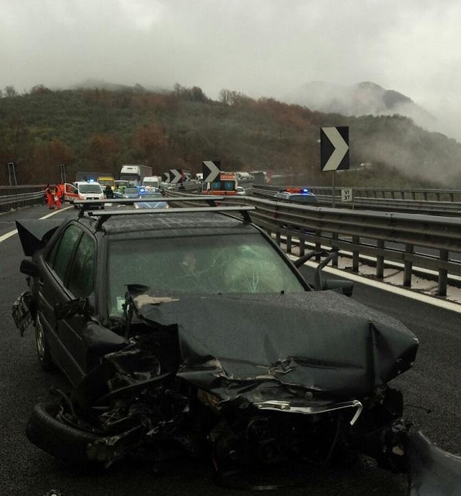 Incidente su A/24: muore automobilista di Cerchio