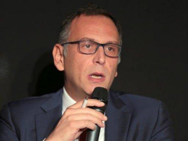 """Sindaco Pescara Alessandrini: """"Ho querelato 30 persone per insulti sul web"""""""