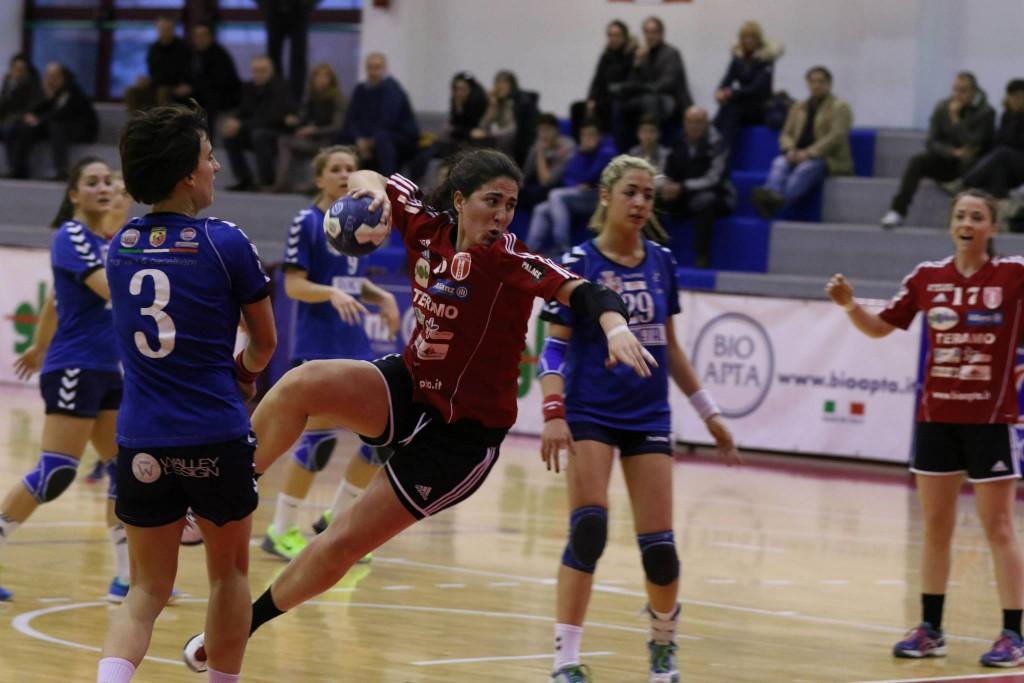Pallamano – Serie A1 femminile: Globo e Team Teramo in campo