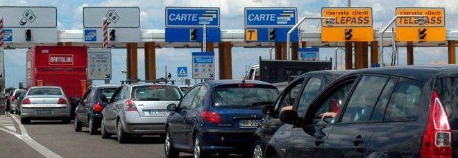 Rincaro pedaggi autostradali: la protesta dei pendolari