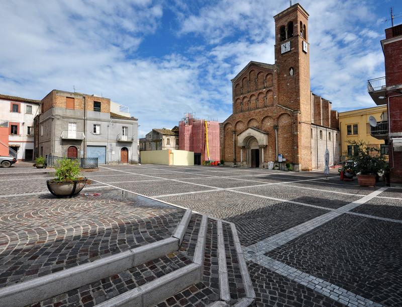 San Salvo: Rivale aggredito a colpi di roncola