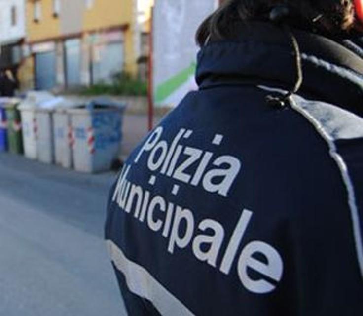 Pescara: Scontro in Via dei Marsi, grave postino di 60 anni