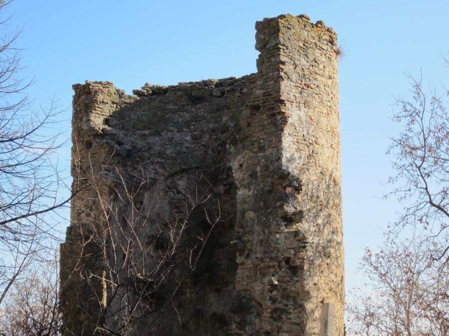 Torre Ciarrapico Francavilla: Un garage nell'area vincolata
