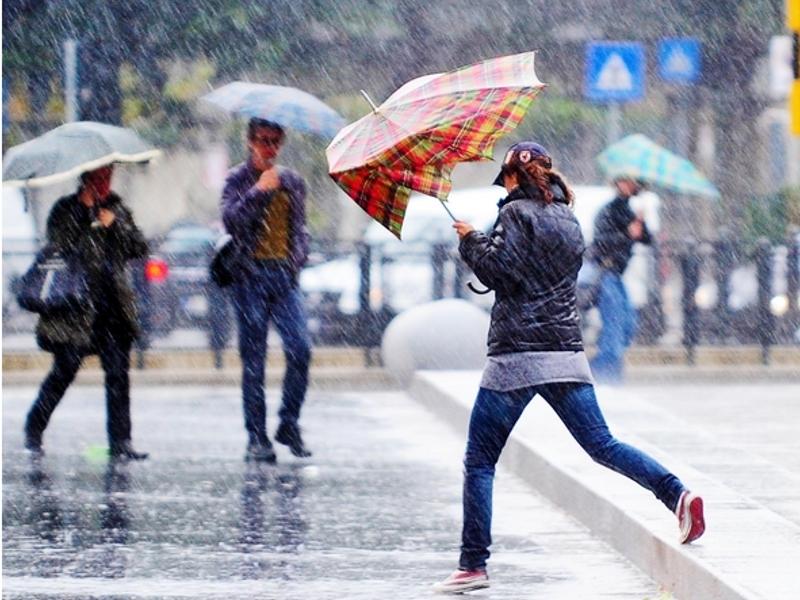 Meteo Abruzzo: vento, pioggia e neve fino all'Epifania